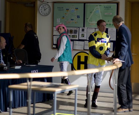 Фоторепортаж  со скачек на  ипподроме Ascot в  Англии. Фото: Alan Crowhurst/Getty Images
