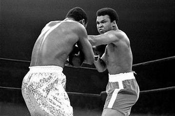 Бой Мохаммед Али и Джой Фразер 1971 год. Фото: Dan Farrell/NY Daily News Archive via Getty Images