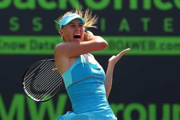 Мария Шарапова вышла в финал теннисного турнира Sony Ericsson Open. Фото: Mike Ehrmann /Clive Brunskill/Getty Images