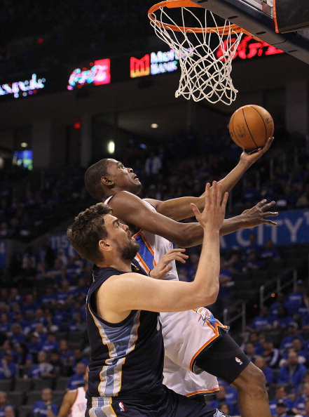 Фоторепортаж. НБА: Следующей жертвой «Мемфис Гриззлиз» стала «Оклахома-Сити Тандер». Фото: Ronald Martinez/Getty Images