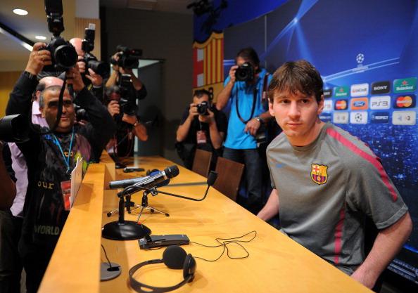 Лионель Месси, нападающий «Барселоны» перед предстоящим матчем Лиги чемпионов. Фото: Луис Gene / AFP / Getty Images
