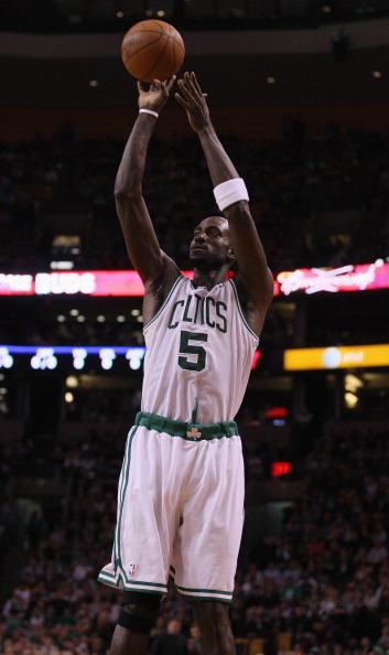 НБА: «Бостон Селтикс» против Энтони. Фото: Elsa/Getty Images