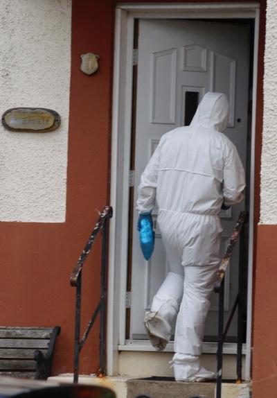 Фоторепортаж с предполагаемого места покушения на жизнь менеджера «Селтика» Нила Леннона в Шотландии. Фото: Jeff J Mitchell/Getty Images