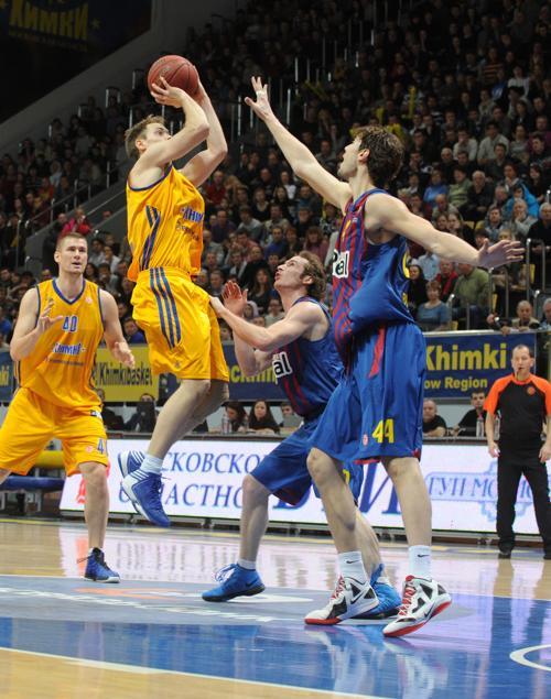 Фоторепортаж с матча «Химки»-«Барселона» Евролиги 3 января 2013 года. Фото: ANDREY SMIRNOV/AFP/Getty Images
