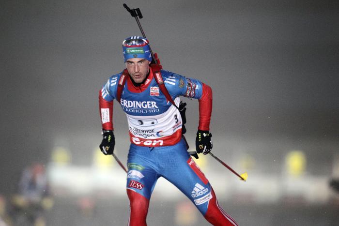Дмитрий Малышко проходит этап эстафеты по биатлону в Оберхофе, 4 января. Фото: Christophe Pallot / Agence Zoom / Getty Images