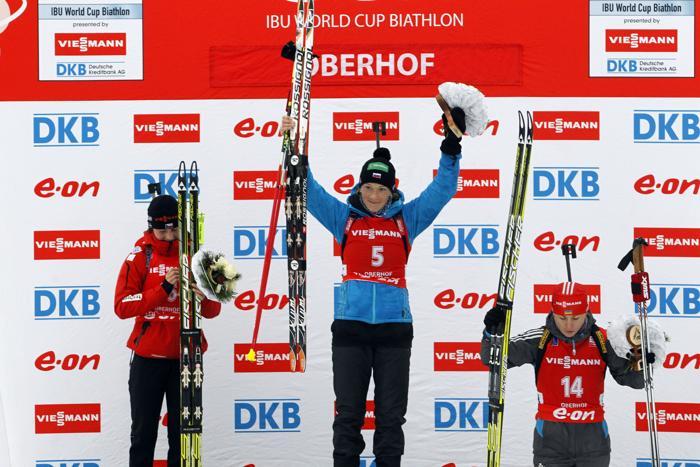 Ольга Зайцева выиграла «золото» на Кубке мира в Оберхофе, 6 января 2013 года. Фото: Christophe Pallot / Agence Zoom / Getty Image