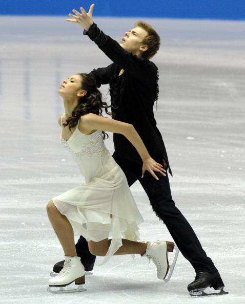 Елена Ильиных и Никита Кацалапов в короткой программе танцев на льду на Мировом кубке в Токио. Фоторепортаж. Фото: TOSHIFUMI KITAMURA/AFP/Getty Images