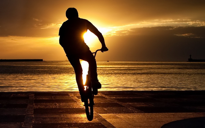 Велотриал как стиль жизни. Фото: hq-wallpapers.ru