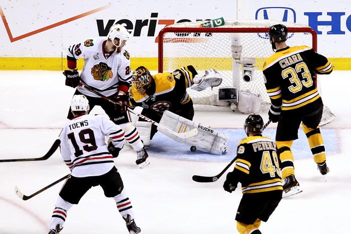 «Чикаго Блэкхоукс» стала чемпионом НХЛ. Фото: Bruce Bennett/Getty Images