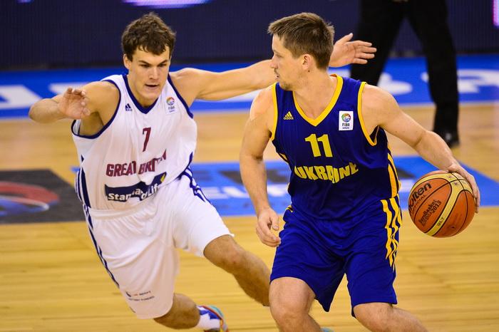 Сборная Украины по баскетболу впервые в своей истории прошла первый раунд чемпионата Европы. Фото: Jure Makovec/AFP/Getty Images