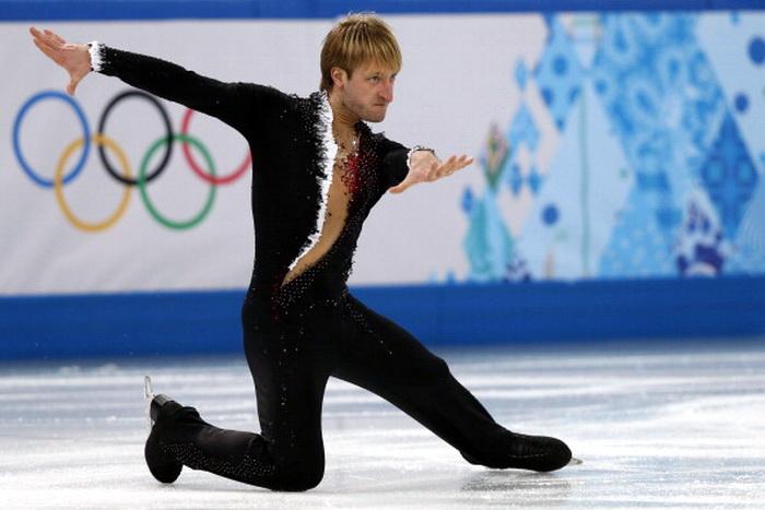 Евгений Плющенко. Фото: ADRIAN DENNIS/AFP/Getty Images