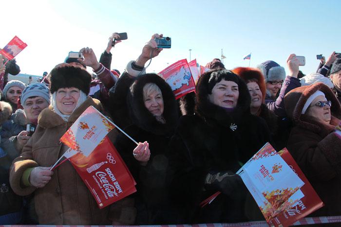 Кубанцы тепло встречают участников эстафеты. Фото: Александр Трушников/Великая Эпоха (The Epoch Times)