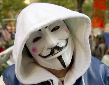 Двенадцатилетний канадский школьник из Монреаля помогал хакерам из Anonymous. Фото: DON EMMERT/AFP/Getty Images Фото: DON EMMERT/AFP/Getty Images Фото: DON EMMERT/AFP/Getty Images