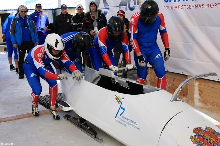 Экипаж Александра Зубкова принёс России 13-ю золотую медаль. Фото:  Winter Games/ flickr.com