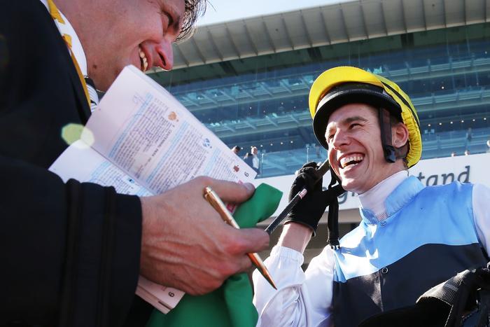 Конные скачки прошли 1 ноября 2013 года на арене Флемингтон в День дерби. Это один из трёх главных дней карнавала Кубка Мельбурна в Австралии. Фото: Michael Dodge / Getty Images