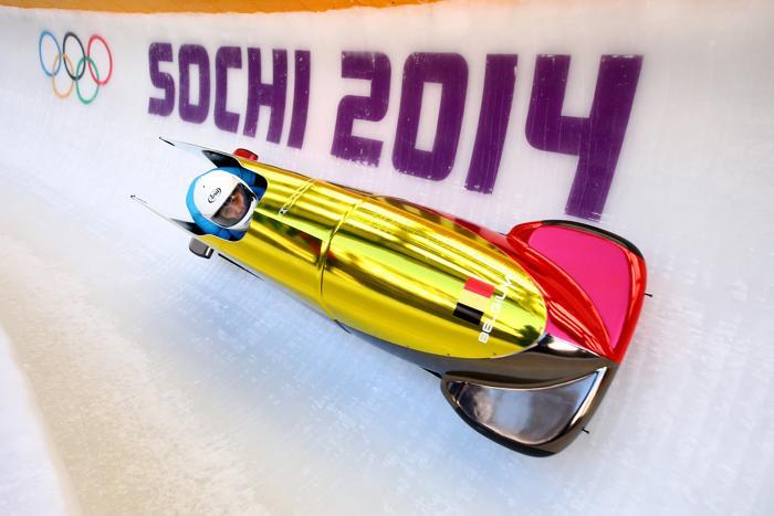 Ханна Эмили Мариен и Елфи Уиллемсон из  Бельгии впервые вышли на тренировку в Сочи 5 февраля 2014 года перед началом Олимпийских игр. Фото: Al Bello/Getty Images