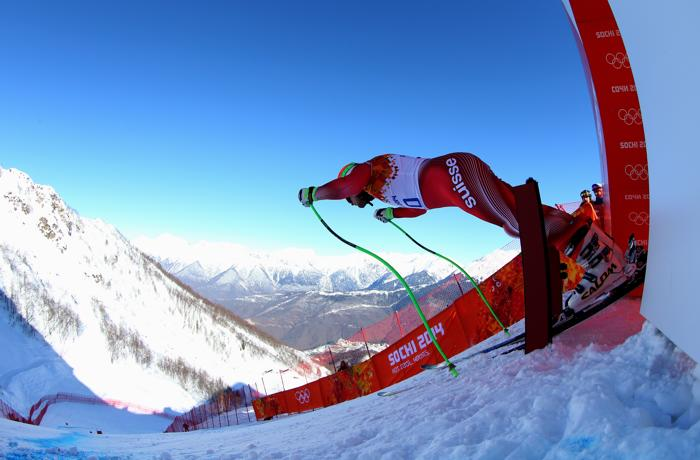 Патрик Куенг из Швейцарии на тренировке по горнолыжному спорту в последний день перед началом зимней Олимпиады 2014. Фото: Alexander Hassenstein/Getty Images
