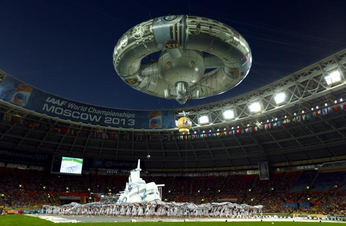 Торжественная церемония открытия четырнадцатого Чемпионата мира по лёгкой атлетике ИИАФ состоялась 10 августа 2013 года на московском стадионе «Лужники». Фото: Paul Gilham/Getty Images