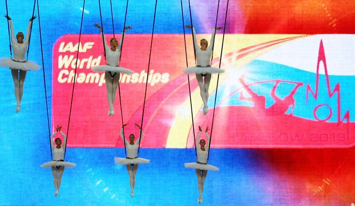 Торжественная церемония открытия четырнадцатого Чемпионата мира по лёгкой атлетике ИИАФ состоялась 10 августа 2013 года на московском стадионе «Лужники». Фото: ALEXANDER NEMENOV/AFP/Getty Images