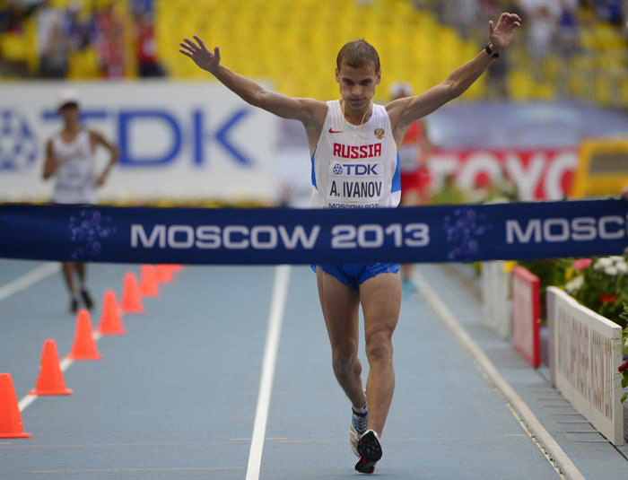 Александр Иванов 10 августа 2013 года принёс для России первое золото Чемпионата мира по лёгкой атлетике. Фото: OLIVIER MORIN/AFP/Getty Images