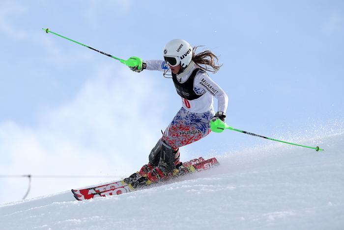Анастасия Романова показала второй результат и выиграла серебряную медаль по слалому-гиганту 20 августа 2013 года на Кубке зимних игр в Новой Зеландии 20 августа 2013 года. Фото: Hannah Johnston/Getty Images