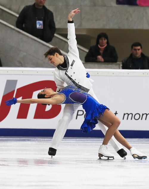 Дуэт  Ксения Монко и Кирилл Халявин выступил в первый день этапе Гран-при по фигурному катанию в Москве 22 ноября 2013 года. Фото: Oleg Nikishin/ Getty Images
