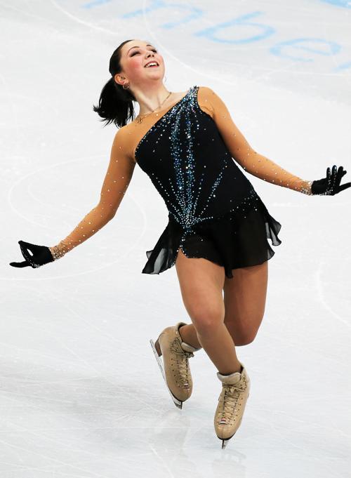 Елизавета Туктамышева выступила в первый день этапе Гран-при по фигурному катанию в Москве 22 ноября 2013 года. Фото: Oleg Nikishin/ Getty Images