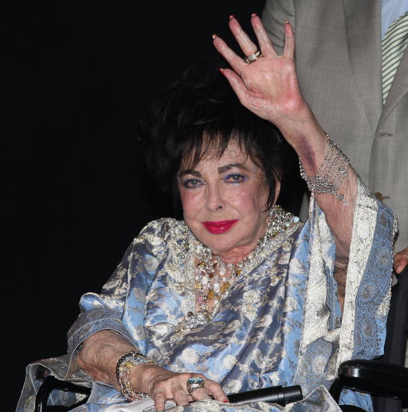 Элизабет Тейлор  24 сентября 2009 года в Санта Монике. Фото: Frederick M. Brown/Getty Images
