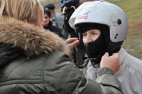 Приготовления к полету на паротрайке. Фото: Владимир Бородин/The Epoch Times Украина