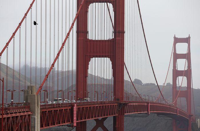 Golden Gate Bridge - Мост Золотые ворота у входа в бухту Сан-Франциско в Калифорнии готовится к переходу на электронный сбор платы за проезд с 27 марта 2013 г. Фото: Justin Sullivan/Getty Images