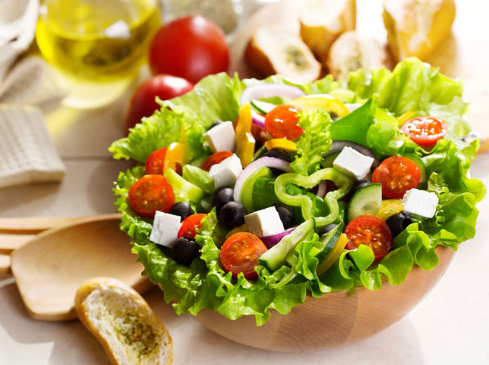 Греческий салат. Фото: Nikolay Trubnikov/Photos.com