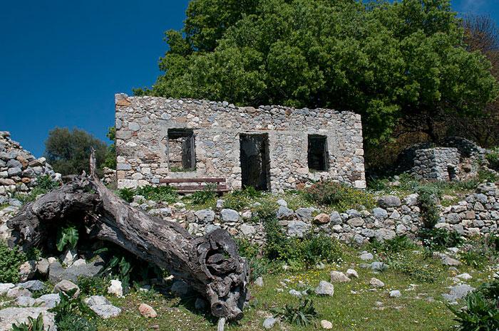 Руины Палио Пили на Косе, относящиеся к византийскому периоду, привлекают археологов и туристов, способных восхищаться древними развалинами. Кос — остров в Эгейском море. фото: Michal Osmenda/commons.wikimedia.org