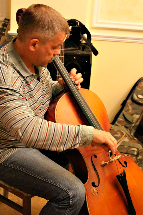 Музыка  скрипки. Фото: Николай Ошкай/Великая Эпоха (The Epoch Times)