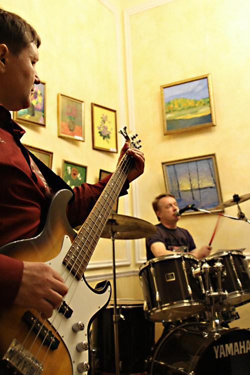Музыканты рок-группы. Фото: Николай Ошкай/Великая Эпоха (The Epoch Times)