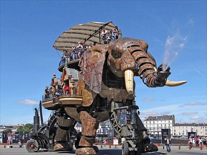 Механический слон из дерева и стали, Нант, Франция. Фото: dalbera/commons.wikimedia.org