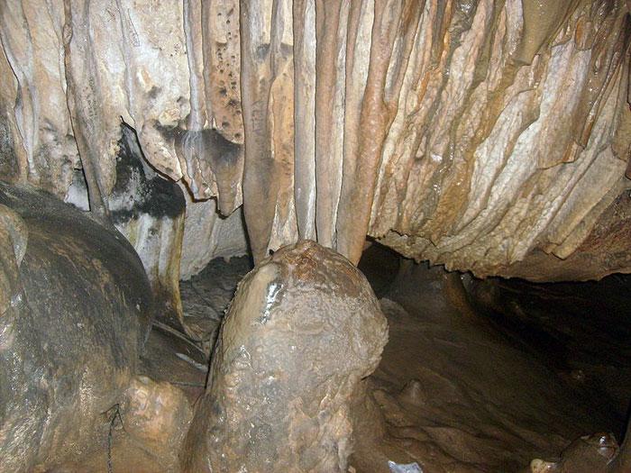 Леденика — пещера на северо—западе Балканских гор, Болгария. Фото:Тодор Божинов/commons.wikimedia.org