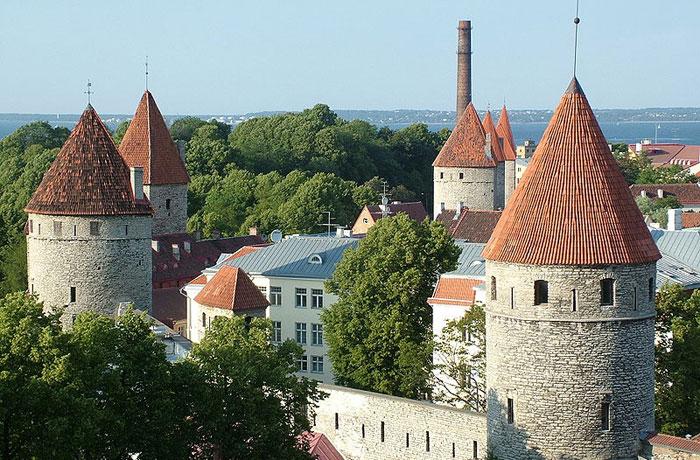 Городские стены Таллина. фото: Horvat/commons.wikimedia.org
