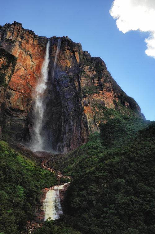 Водопад Анхель. Фото: Paulo Capiotti/commons.wikimedia.org