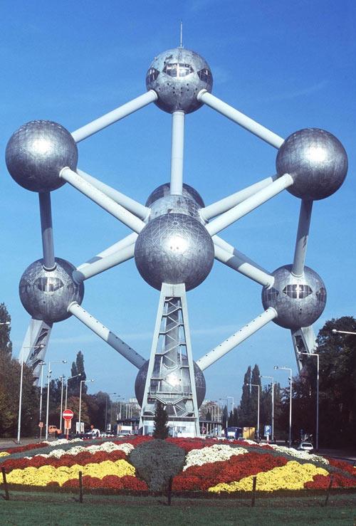 Атомиум — важнейший символ и одна из основных достопримечательностей современного Брюсселя, Бельгия. Фото: Mark Renders/Getty Images