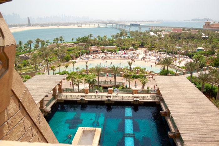 Аквапарк Aquaventure - самый большой аквапарк Дубая, который раскинулся на 17 гектарах   земли и предлагает самые невероятные развлечения. Фото: Viacheslav Khmelnytskyi/Photos.com