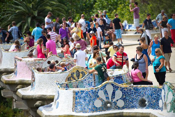 Парк Гуэля — знаменитый парк в верхней части Барселоны, представляет собой сочетание   садов и жилых зон. Фото: David Ramos/Getty Images