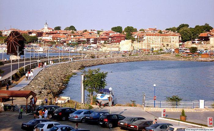 Несебр - один из древнейших городов Европы, с 1983 года занесен в мировой список памятников культуры ЮНЕСКО. Фото: Martyr/commons.wikimedia.org