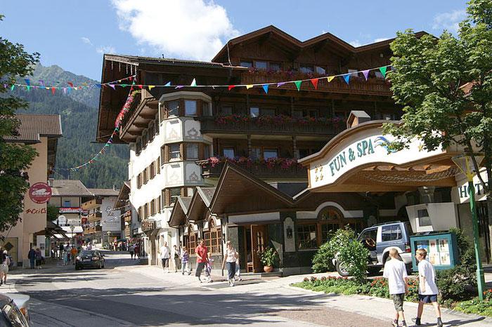 Майрхофен входит в число популярнейших горнолыжных курортов Австрии. Фото: bohringer friedrich/commons.wikimedia.org