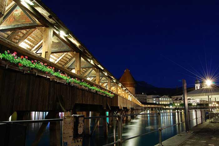 Часовенный мост в Люцерне, Швейцария. Фото: edwin.11/commons.wikimedia.org