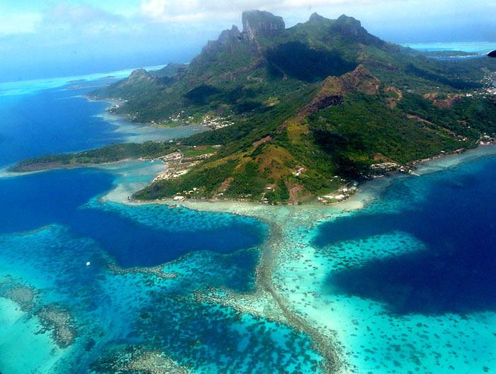 Бора-Бора — один из Подветренных островов архипелага Острова Общества во Французской Полинезии в Тихом океане. Фото: Samuel Etienne/commons.wikimedia.org