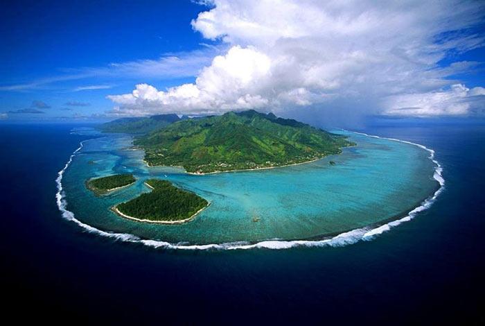 Муреа или Моореа — один из наветренных островов архипелага «Острова Общества» во Французской Полинезии в Тихом океане. Фото: DANIEL JULIE/commons.wikimedia.org