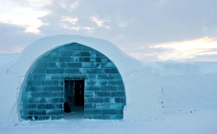 Ледяной отель в Швеции. фото: JONATHAN NACKSTRAND/AFP/Getty Images