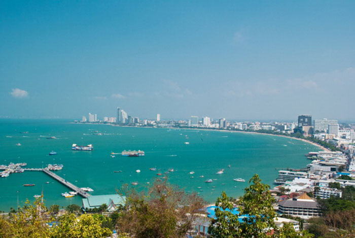 Курорты Таиланда обладают великолепными пляжами, широким выбором гостиниц и целым   арсеналом праздников. Фото: Tupporn Sirichoo/Photos.com