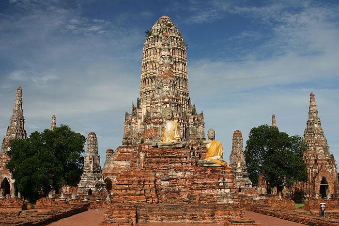 Храм Ват-Чайватханарам, Аютия, Таиланд. В настоящее время находится в руинированном состоянии. Как часть исторической Аюттхаи, входит в список всемирного наследия ЮНЕСКО. Фото: Evilarry/commons.wikimedia.org