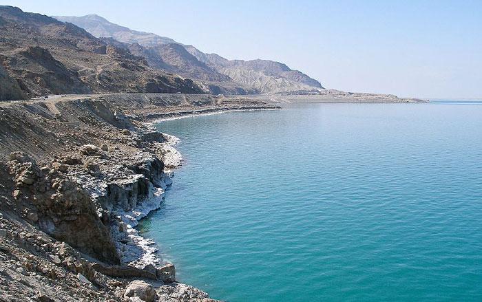 Иорданское побережье Мертвого моря. Фото: Gusjer/commons.wikimedia.org